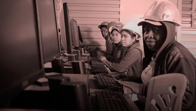 Lo que sí podemos hacer:Educación para los albañiles: una herramienta para construir nuestro México